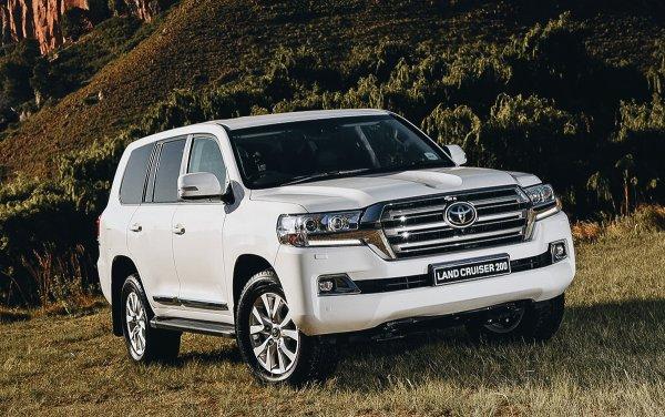 «Думаю, что это конструктивная недоработка»: Блогер рассказал, как убрать дефект управления на Toyota Land Cruiser 200