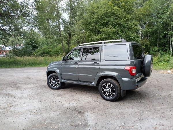 «Ведро на автомате»: Российские автолюбители высказались о новом УАЗ «Патриот» с АКПП