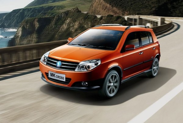 «Машина на букву Х»: Особенности «китайца» Geely MK-Cross назвал эксперт