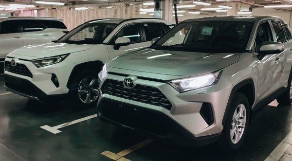 «Не вкатывает как-то после китайца Хавала»: В сети отреагировали на новый Toyota RAV4 2020