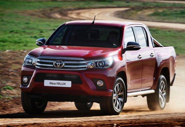 «Знатный колхоз»: В сети показали Армагеддон на базе Toyota Hilux