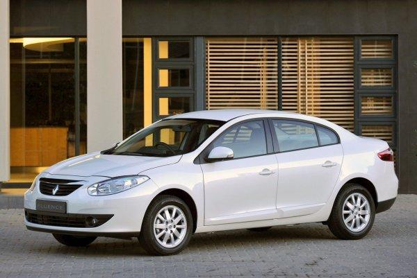 Когда нужна беспроблемная тачка: Что нужно знать о Renault Fluence со «вторички»
