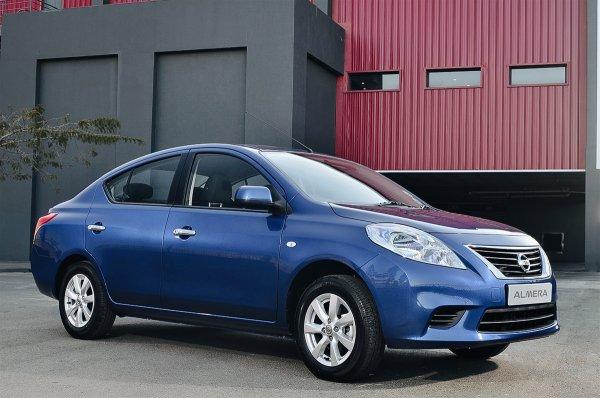 «Это очень тяжело назвать автомобилем»: Блогер объяснил, почему Nissan Almera – издевательство над потребителями