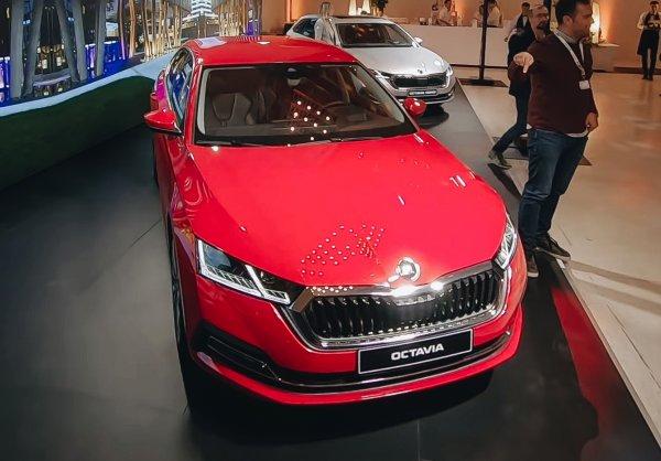 «Это больше не похоже на машину таксистов»: Блогер поделился впечатлениями от презентации Skoda Octavia 2020
