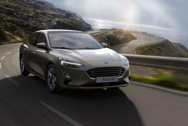 «Миллионы не могут ошибаться»: За что любят Ford Focus второго поколения со «вторички» - эксперт