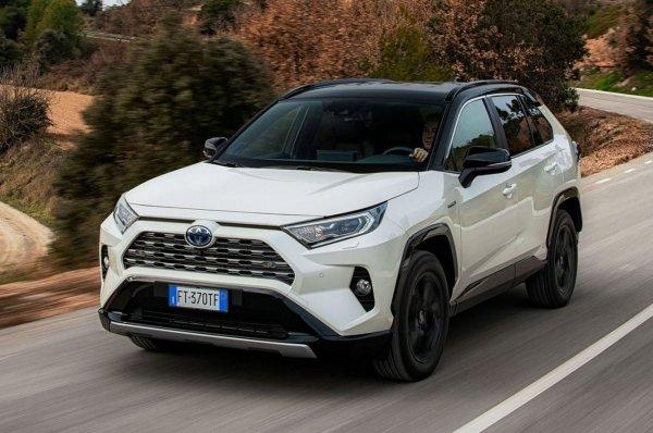 Муки выбора: Что взять, когда на весы поставлены новые Toyota RAV4 и Volkswagen Tiguan