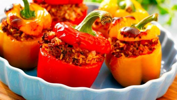 Божественные перцы. Повар поделился новым рецептом фаршированных перцев