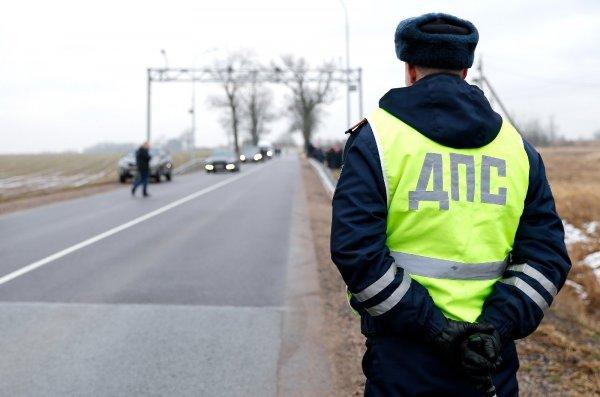 «На новогодние подарки зарабатывают»: На М4 «Дон» под Ростовом участились поборы от ГАИ – сеть