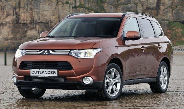 Старый лучше нового: Французы окончательно «убили» Mitsubishi Outlander – новый «японец» рискует стать одноразовым