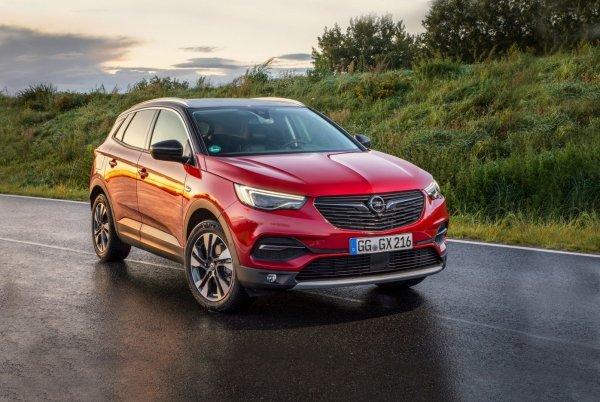 Можно было и не возвращаться: Автомобилистов шокировала высокая цена на Opel GrandLand X с передним приводом – VW Tiguan может спать спокойно