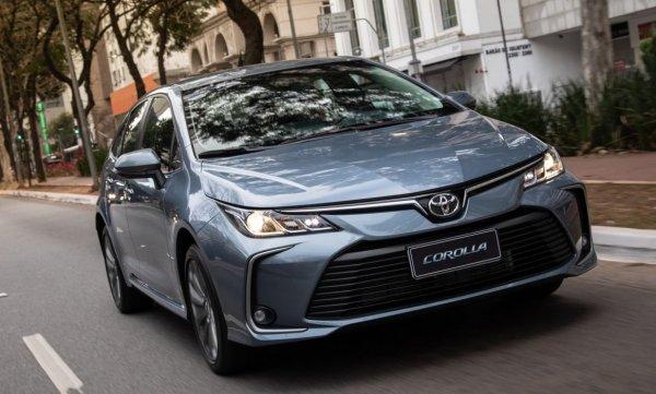 Похожа на «Камри» как «Гранта» на «Весту»: Чем может «похвастаться» Toyota Corolla 2020