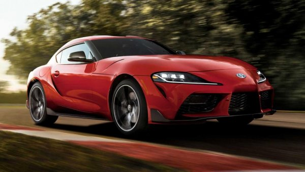 Toyota Supra: Приборка «тойотовская», но сделали её все равно немцы?