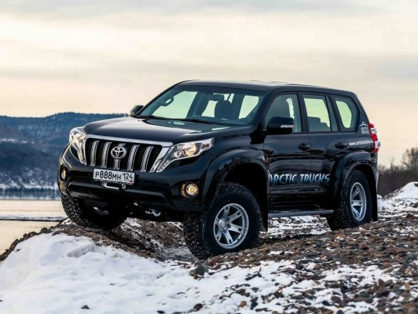 Обезжиренный люкс за 1,5 миллиона: Стоит ли покупать б/у Toyota Land Cruiser Prado в «базе»?