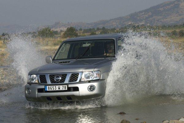 Nissan Patrol: Достойный соперник Land Cruiser на вторичке или просто рухлядь?