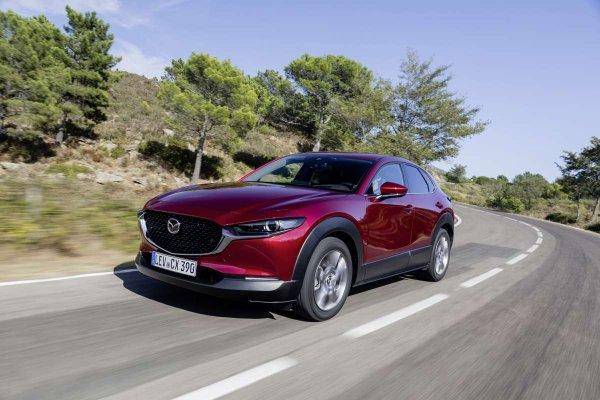 «Японец», которому подвластно многое: Новый Mazda CX-30 может повторить успех Hyundai Creta