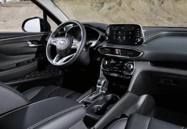 Не рестайлинг, а глубокая модернизация: Новый «кореец» Hyundai Santa Fe станет еще функциональней
