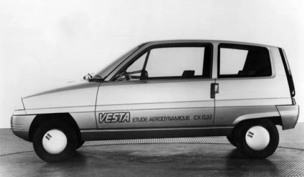 Легкая и экономная: Какой была первая Vesta?