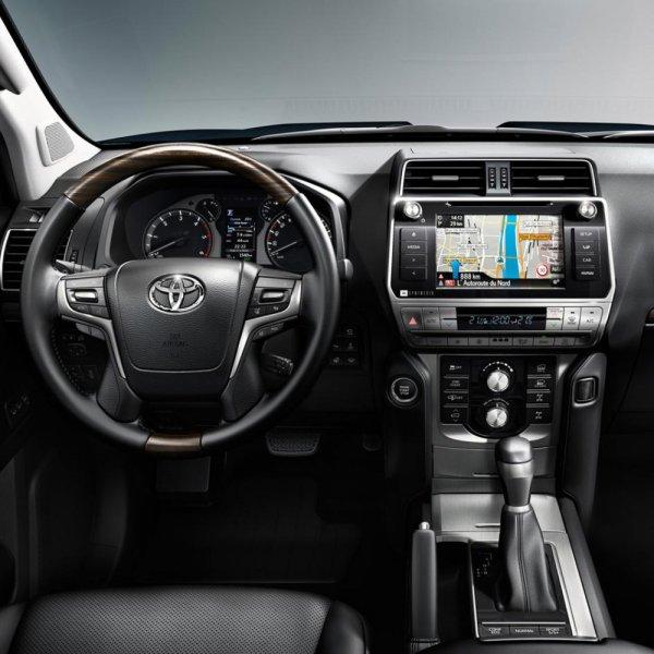 «Нужно его любить ивцерковь водить»: Стоитли покупать дизельный Land Cruiser Prado 150 спробегом— сеть