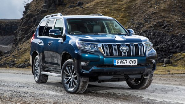 Какой «ярче» и практичнее? О выборе между дизельным и бензиновым Toyota Land Cruiser Prado