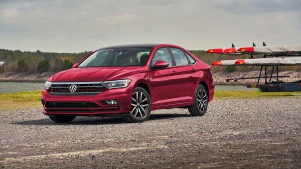 «Октавия» для многих в приоритете: Новая Volkswagen Jetta не вызывает положительных эмоций у россиян