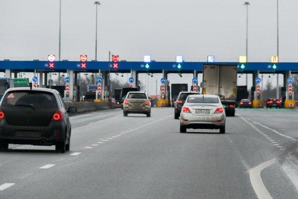 Половина зарплаты – на проезд: Жители районов около М4 «Дон» возмущены стоимости езды по «платке»