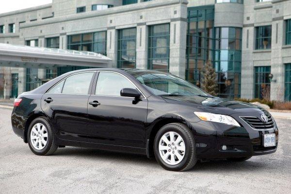Любителям «нейтрали» и «экономистам» большой привет: Что убивает «автомат» на Toyota Camry?