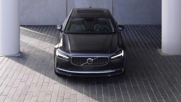 Как выглядит шведская роскошь?: Volvo представила обновленные седан S90 и универсал V90