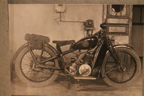 Делали «Харлеи» ещё до «Харлеев»: Первый серийный мотоцикл СССР «Красный Октябрь» Л-300 – сейчас на такое неспособны