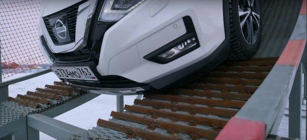 Тест проходимости японских кроссоверов новый Toyota RAV 4 против Subaru Forester, Nissan X-Trail и Mazda CX-5