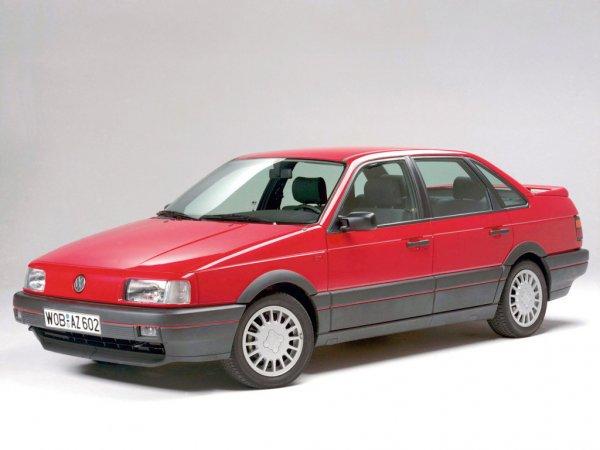 Volkswagen Passat B3: Машина, за которую бренд начали уважать в России