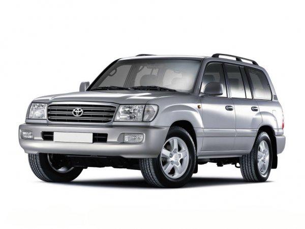 Привлекательный «японец», от которого невозможно отказаться, но который не всем по карману: Почему россияне выбирают  Toyota Land Cruiser 100 , несмотря на огромные пробеги