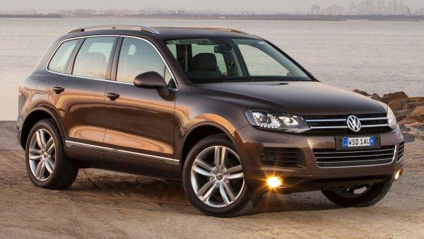 Когда есть такой внедорожник, «китайцы» не нужны: Почему VW Touareg второго поколения лучше, чем Haval F7?