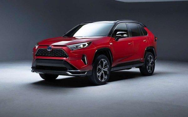 Китайский премиум против японской надежности: Почему не стоит покупать GAC Trumpchi GS5 вместо Toyota RAV4