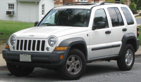 «Шнива» по-американски: Внедорожник Jeep Liberty – запах свободы и больших денег