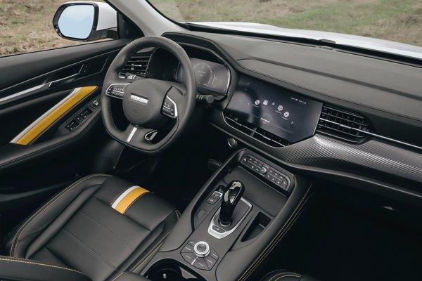 «Кашкая» кладет на лопатки: Как Haval F7x удивляет автомобилистов ходовыми качествами