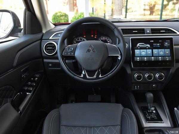Очередной провал рынка? Почему новый Mitsubishi ASX никак не справится с конкурентами?