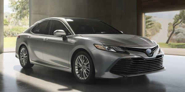 Подержанная Toyota Camry японской сборки – стоит ли переплачивать за настоящего «самурая»?