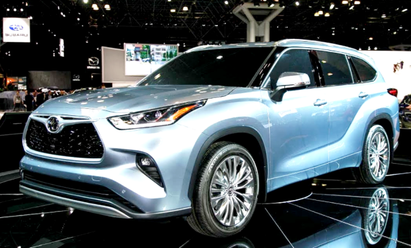 Не спасло бы и восьмое сиденье: Новое поколение Toyota Highlander в России может стать «провальным»