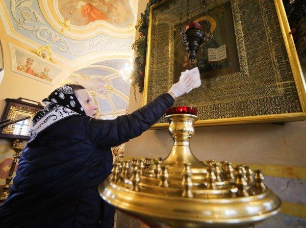 Роспотребнадзор ограничит посещение храмов для пенсионеров