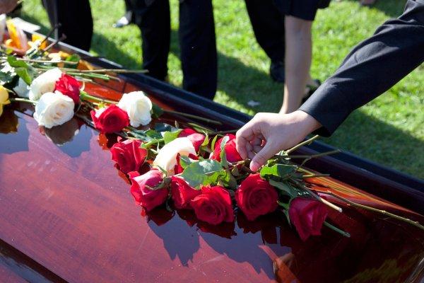 Похороны в Екатеринбурге: какие ритуальные услуги нужно заказывать?